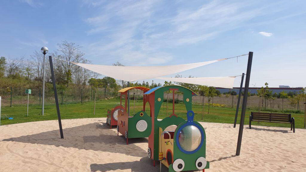 Żagiel przeciwsłoneczny dla przedszkola
